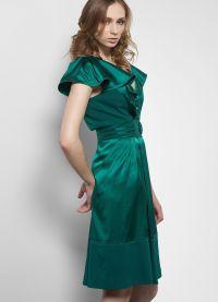 co se oblékat smaragdovými šaty 7