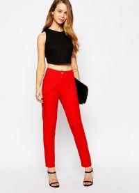 što nositi s crvenim hlače 2015 8