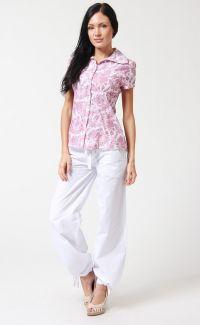 Z tym, co nosić białe spodnie 2