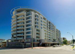 Отель Adina Apartment