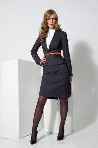 Biznesowy garnitur damski 2