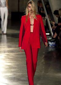 Dámský večerní kalhotový oblek 3