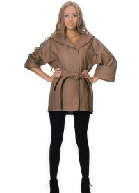 Krótki płaszcz damski 1