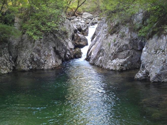 Водопад в парке Чиаксан