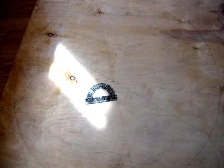 Drewniany żyrandol DIY 2