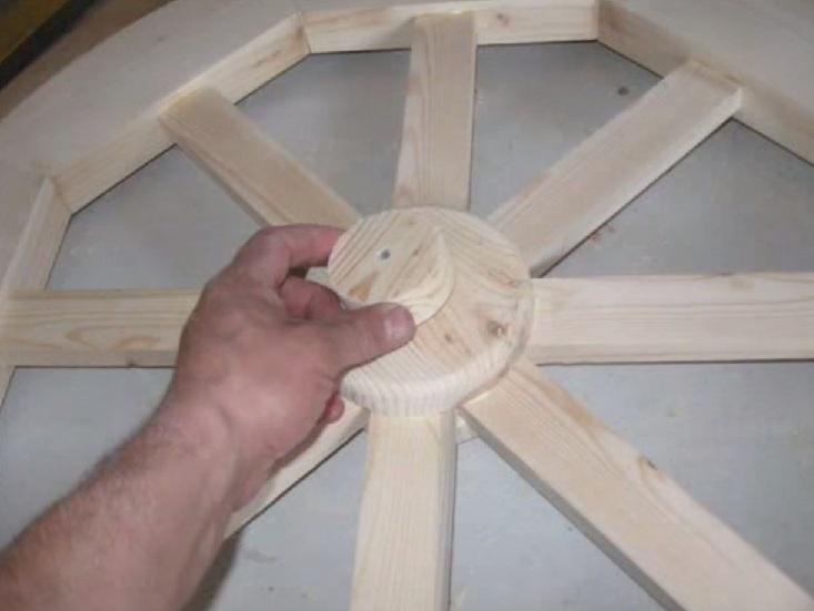 Drewniany świecznik DIY 26