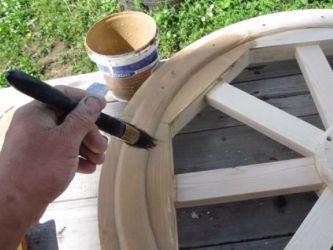 Drewniany żyrandol 27