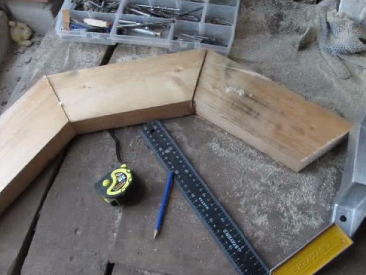Drewniany żyrandol 6