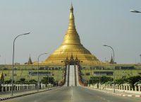 Пагода во весь рост