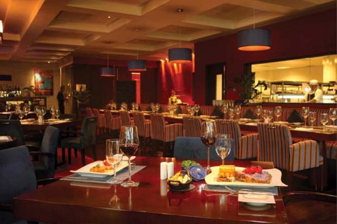 Популярный ресторан Blue Grill