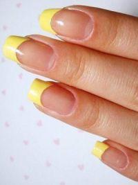 žuta manikura 2014. 2