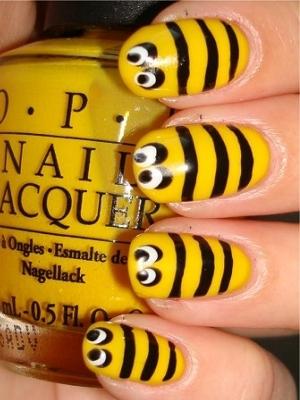 žuta manikura 2014. 9