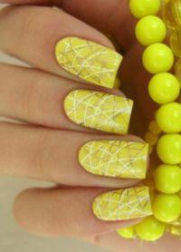 žuta manikura 2015 1