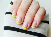 žuta manikura 2015. 8