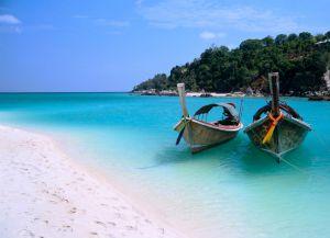 Белоснежный пляж Занзибара