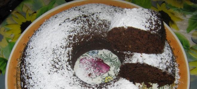 Słodkie ciasto cukiniowe